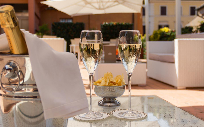 HarrysBar-Trevi-aperitivo_terrazza