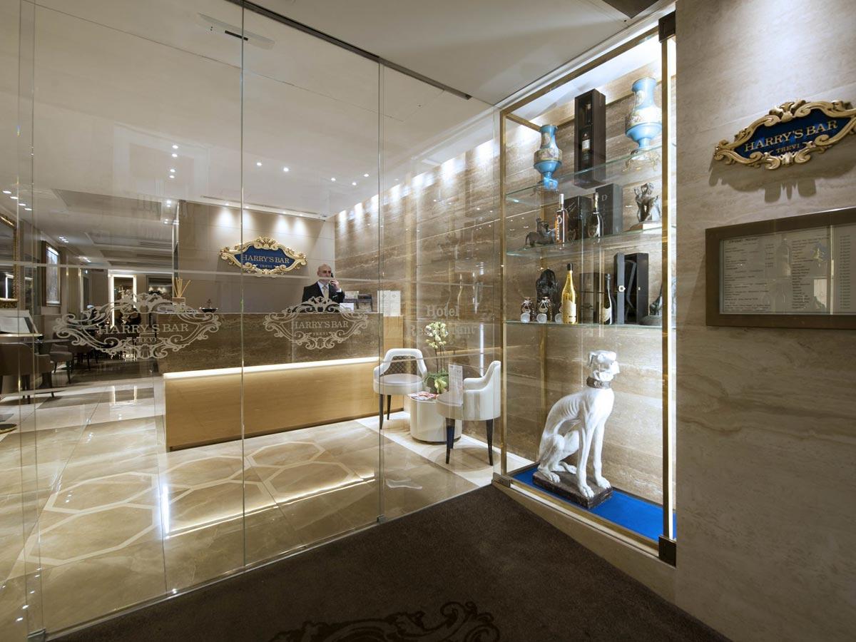 harrysbar_hotel_ingresso_1200